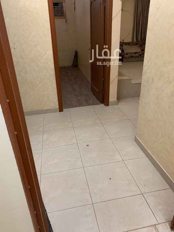 1646441 البيت بحاله جيده مرمم  شقه دور ثاني 2 غرفتين وصاله ومطبخ