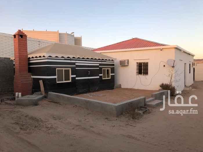 1702646 مكونه من ٤ غرف ومطبخ ودورتين مياه وبيت شعر قريب محطة الواصليه