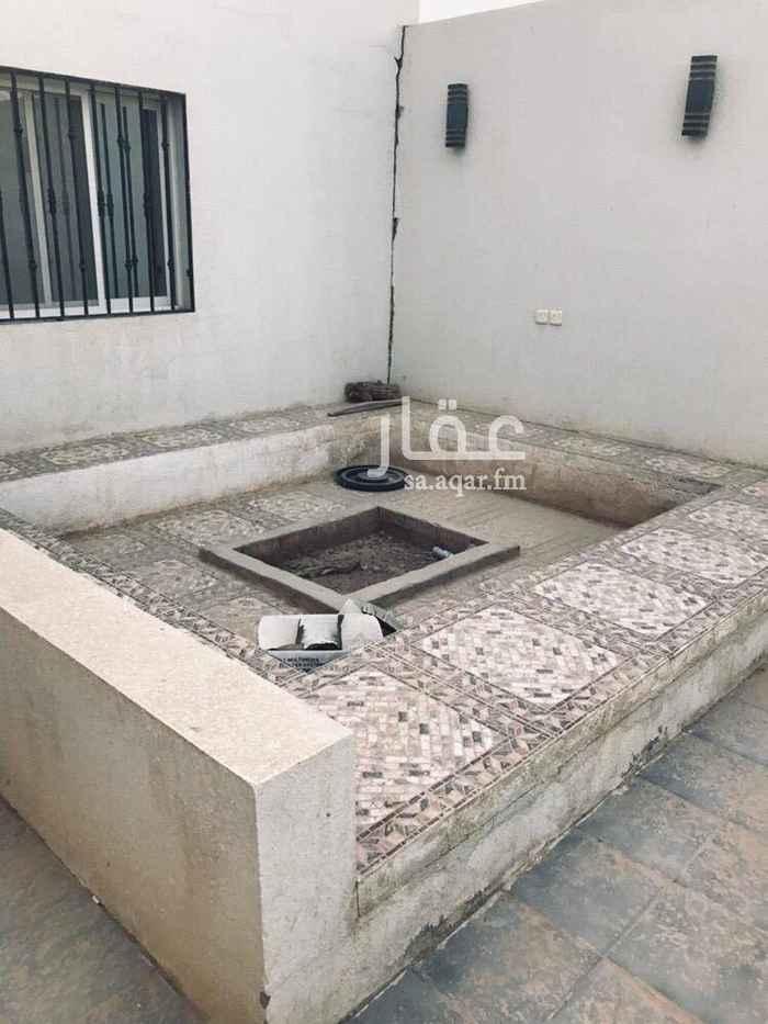 1587931 استراحه في حي العارض  مدخل لسيارات  ومشب وغرفه ومطبخ وحمام