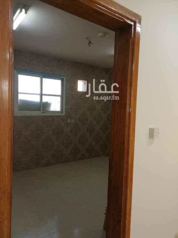 1203679 شقة مكتبية تلات غرف وصاله وحمام ومطبخ مجددة بالكامل دور تاني