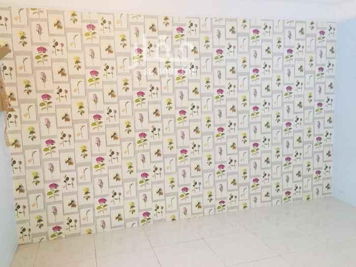 1556751 شقة عوايل غرفتين وحمامين وصالة ومطبخ للايجار بجدة حي الربوة تقاطع يحي المعلمي مع شارع الثمانين
