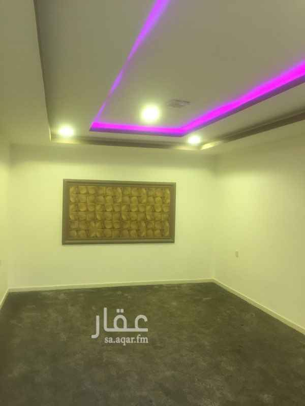 1808684 استراحه للايجار علي طريق عثمان بن عفان غرفه ومطبخ وحمام   السعر /22000  للتواصل /0502823823