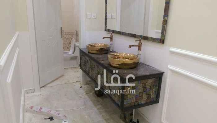 فيلا للبيع فى شارع علي البجادي ، حي الرمال ، الرياض صورة 11