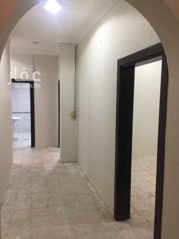 916009 * شقة أرضية نظيفة . * يوجد بها ترخيص شقق مكتبية . * المساحة تقريبية .
