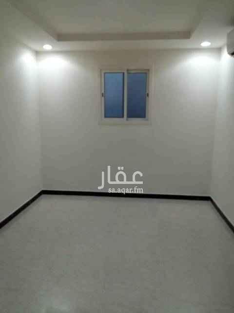 1509280 الايجار شقة في عمارة سكنية  مجلس وصاله وغرفتين نوم ٢ دورات مياه  مطبخ ومكيفات راكب