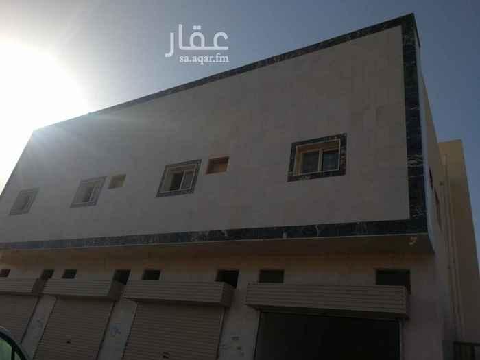 1817706 عمارة تجارية على شارع الامام مسلم جديدة لم تسكن