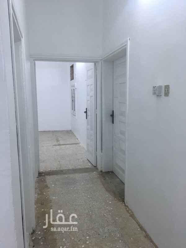1531104 شقة أرضي مجددة الإيجار سنوي أو شهري ( 1000 ) من المالك مباشرة جوال المالك ( 0559894815 )