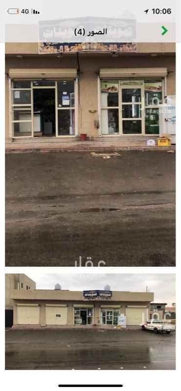 1670972 ثلاث محلات للايجار كل محل في دورة مياه ومساحته 40 متر   امكانيه تاجير محل او محلين حسب الطلب والله يرزقنا ويرزق منا
