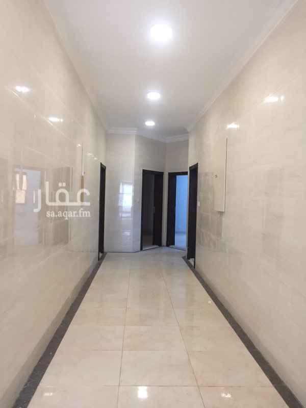 1377513 فرصة لشركآت عمآرة سكنية يتوفر بهـا 14 شقة                       وتقسم الى نموذجين أ،ب. أ:غرفتين(يوجد مآستر)+صاله+مطبخ(راكب)دورتين مياهـ. ب:غرفه(لايوجد ماستر)+صاله مطبخ(راكب)دورة مياهـ.                  •متوفر مواقف خاصةومصعد• مؤسسة الاعمدة الذهبية للخدمات العقارية 🏡  لادارة الاملاك وبيع وشراء وتاجير العقارات  في مدينة الدمام🌍 للتواصل ☎️ 0504129977 نسعى دائما لخدمتكم باسرع وقت  لتحدث معنا عن طريق الواتساب 📲 0504129977