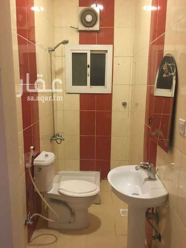 1338383 تفاصيل الشقة:  شقة سكنية بحي النسيم للبيع مكونة من (4 غرف) وتفصيلها كالتالي (2 غرف نوم ) وعدد (2 مجالس) وصالة + 3 حمامات ومطبخ + غرفة سواق بحمامها (خزان علوي وسفلي مستقل)  المساحة الإجمالية (123.26م) - لشقة بالدور الثاني شقة رقم 6  الشقة مدخل واحد تفصيل شرعي (الصالة وغرف النوم منفصلة عن المجالس)  حاليا الشقة مستأجر سعرها 380 الف ريال  . . الرجاء عدم الاتصال فقط على الواتس