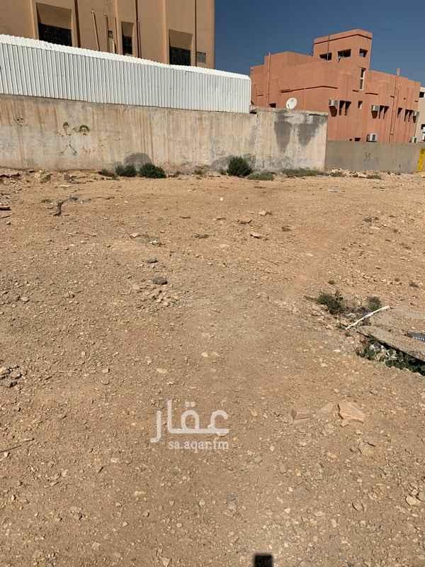 1387124 الارض تجارية للأستثمار قريبة من مصلى العيد على شارع عائشة بنت ابي بكر رضي الله عنهما والمطعم الهندي