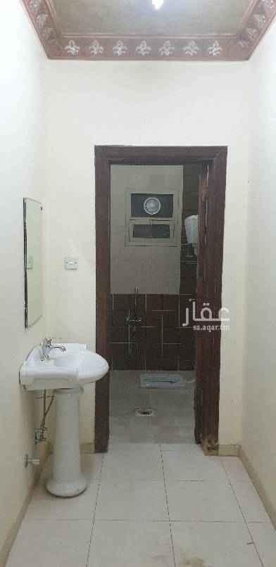 1559606 ٣ غرف وصاله وحمامين ومطبخ مع سطح خاص