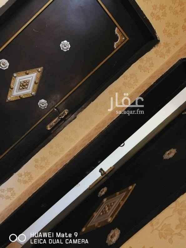 1574470 الكهرباء مشترك مع الدور الاول المونسيه بالقرب من جامع الصيعري  شارع محمد الحربي رقم المنزل