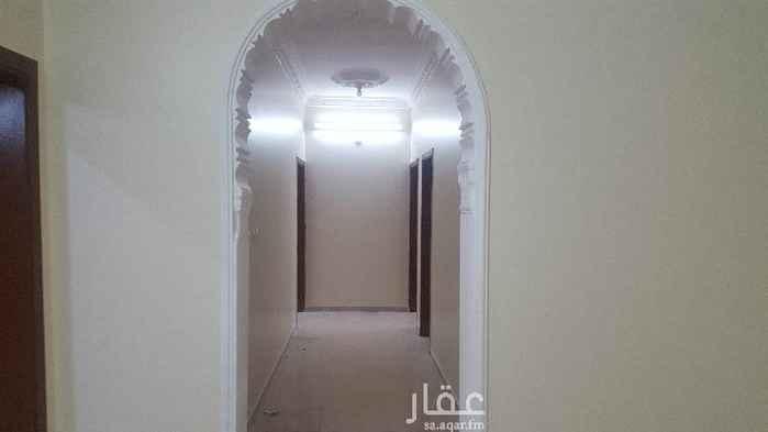1466457 شقة للايجار  شقة للايجار دور ارضي مكونة من خمس غرف وصالة ومطبخ وثلاث حمام وغرفة شغالة بحمام خاص +مدخلين