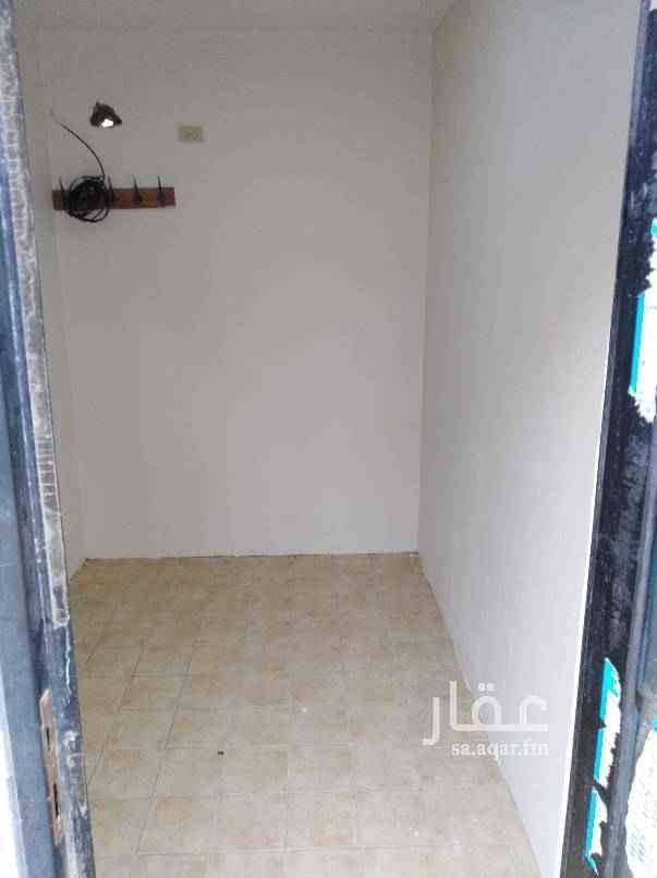 1538969 غرفه سائق مع مطبخ وحمام