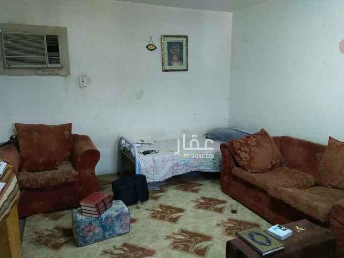 1460519 للإيجار غرفة عزاب منفصلة والحمام والمطبخ مشتركين يفضل مصري