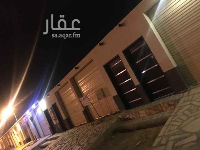 1477387 استراحة شباب غرفتين وحوش وباب كهرب عداد كهرب مستقل حي الفايزي الشرقي طريق الملك فهد