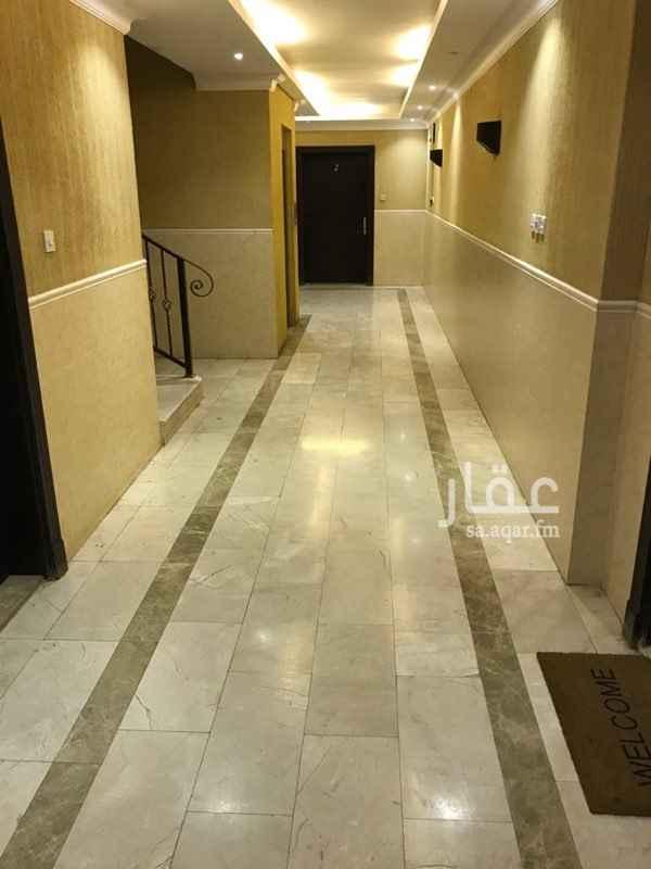 1690138 شقة للبيع في شارع المحايدة اول شارع اتجاهين بعد قصر السفارات حي ظهرة لبن شرق