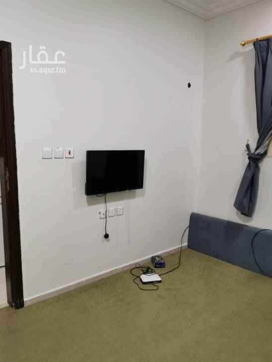 1556991 شقة غرفة +مطبخ+دورة مياه الإيجار سنوي الدفع شهري 1150 ريال الدفع نصف سنوي ١١٥٠٠ ريال السعر شامل الكهرباء والماء