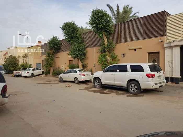 1577357 حي اليرموك في ظهر طريق الأمام (مخرج 9) المساحة: 625 متر الشارع: 15 شمال الأبعاد: 25*25 متر الغرف: 2 غرفه داخلية + 2 غرفة أبواب خارجية (على الشارع) الحمامات: 4 حمامات مطبخ: 1 مطبخ خيمة: 6*8 متر مسبح: 4*7 متر الأبواب الخارجية: 3 صغيرة + 1 كبير (مدخل سيارة)