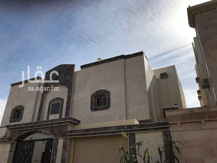 1293871 الموقع مميز قريب الخدمات والمطاعم بجوار البيك والمسجد قريب ومدخل المستأجر مستقل عن مدخل مالك العمارة وبها غاز مركزي والشقة مدخل واحد.