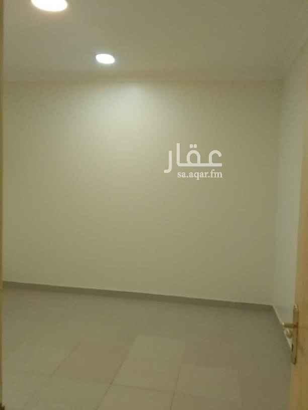 1410341 للايجار شقه ثلاث وصاله دور اول بعمارة حي قرطبه شارع القلم
