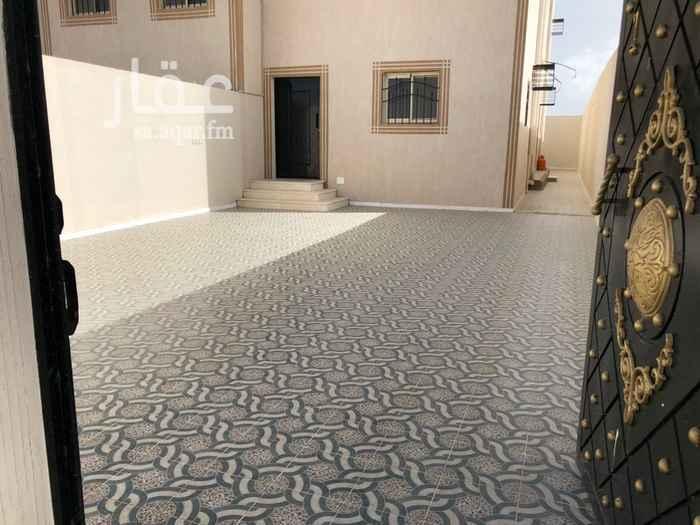 1428828 دور أرضي على طريق الملك عبدالله  فناء خارجي كبير  عداد كهرباء مستقل خزان ماء أرضي وعلوي مستقل  يوجد غرفة نوم للخادمة