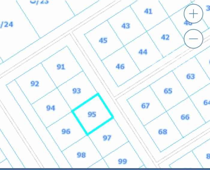1753084 شارع ٢٠ شرقي    المخطط ٣٥٣٨   القطعة ٩٥   الاطوال على الشارع ١٣.٥ في ٣٠   حد ١٣٥ الف على الشور