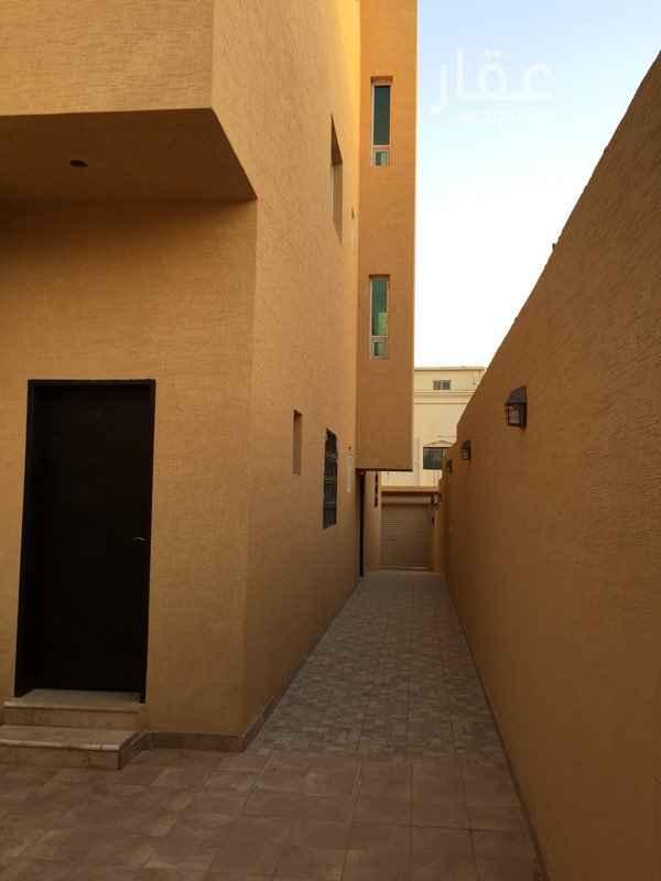 866885 يوجد غرفة حارس بإيجار 500 ريال شهريا الشقة شبه جديدة الإجار السنوي دفعة واحدة 36000 دفعتين 38000 شهري 3500 التأمين 2000 ريال المدخل مشترك