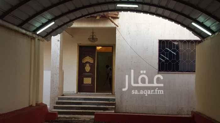 1307810 للايجار فيلا في مكة حي العوالي مجدده مكونه من دورين الدور الارضي غرفتين + مطبخ + الدور الثاني 4 غرف + سطح مطلوب 45000 الف