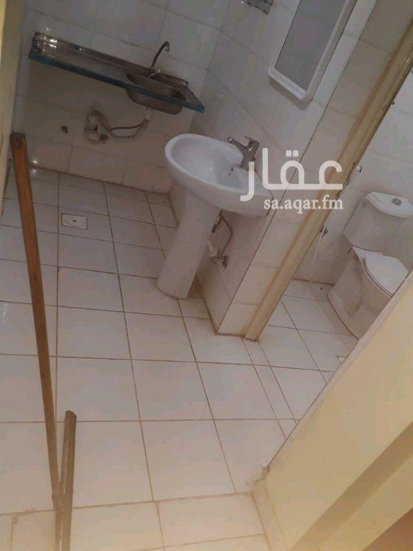 1282120 غرفة عزاب بحمام خاص ومطبخ السعر شامل ماء وكهربه