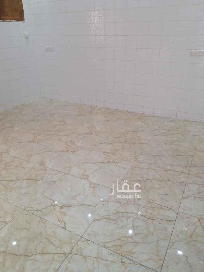 1623659 غرفتين وصالة ومطبخ ودورتين مياه نظيفة وتمتاز بالهدؤ