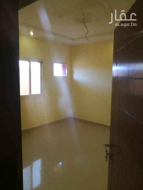 1530861 ملحق مع السطح مستقل 3غرف وصالة وغرفة غسيل و3دورات مياة