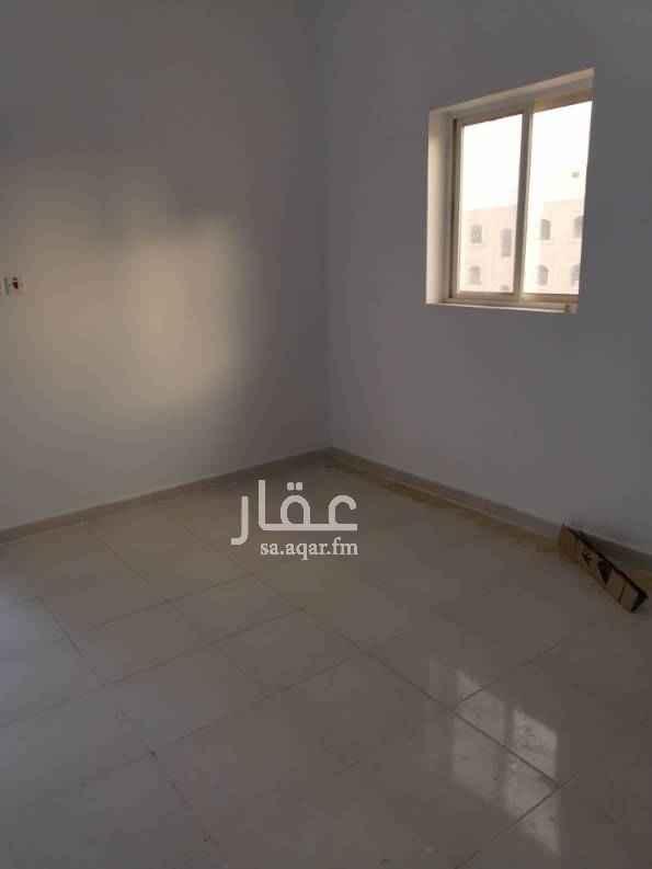 1575176 شقة مكونة من ٣ غرف + صالة ٢ حمام ومطبخ مدخلين