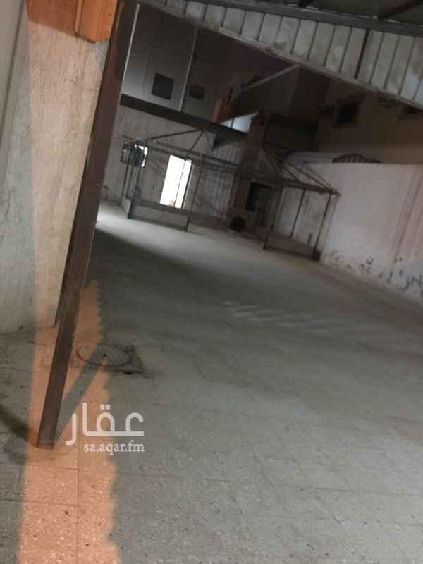 1688056 ٣ غرف نوم +صاله  مجلس +مقلط  ملحق خارجي  مستودع خارجي