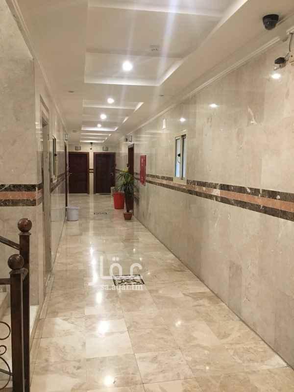 1353939 ثلاثه غرف وصاله وحمامين ومطبخ  مع مكيفات