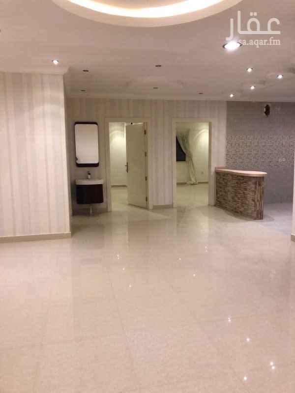 1626722 دور علوي يحتوي على مطبخ وصالة و٤ غرف وثلاث حمامات ومستودع  مدخل مشترك مع شقة في السطح ملاحظة : بدون مكيفات وبدون مطبخ