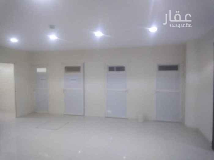 1660534 غرف جديده للسائقين حي الملقا شمال الرياض  تكيف مركزي ومطبخ كبير مشترك و٢ حمام مشترك  قريب أنس بن مالك