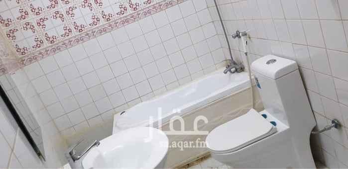 1558941 شقة من 4 غرف وصالة وحمامين ومطبخ - شارع أحمد الشعراني - حي النزلة