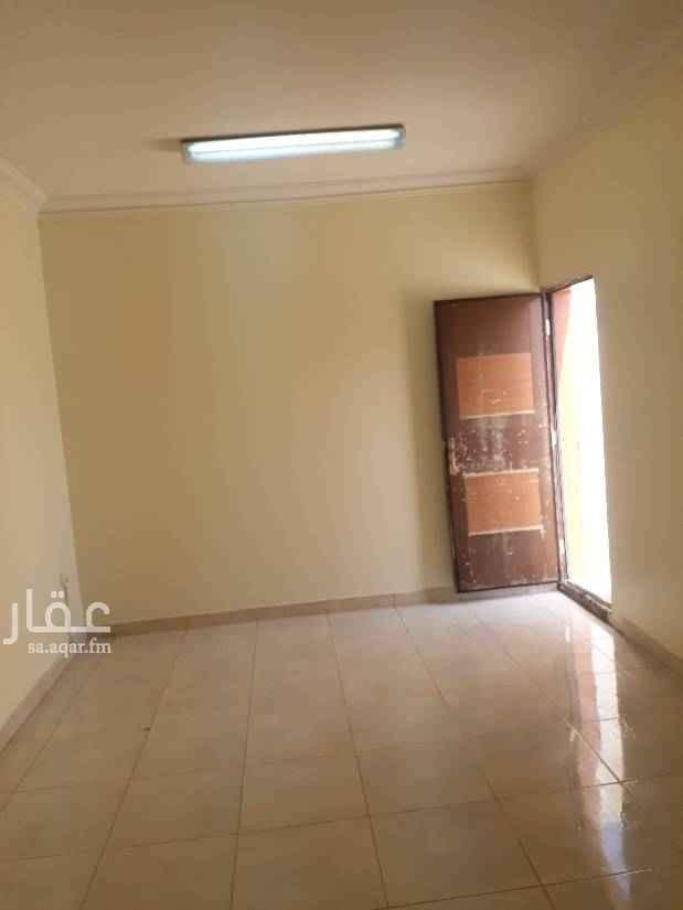 1413814 غرفة كبيرة واسعة وحمام ومطبخ استديو مع السسطح مكيف شباك راكب نظيفة ومجددة
