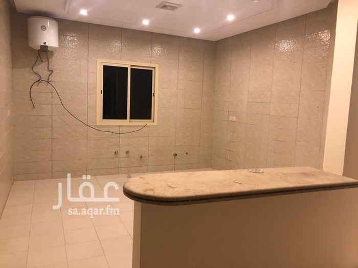 1219523 -مطبخ ومكيفات غير راكبه-مدخل مع شقه في السطح