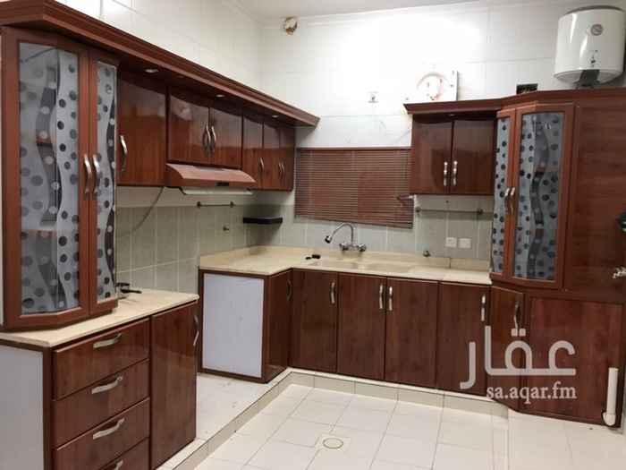 1346043 شقة في فيلا ٣ غرف وصالة ودورتين مياة وصالة مطبخ راكب ومكيفات . فاتورة المياة على المالك .