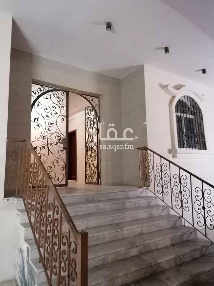 1818342 شقه في فيلا مدخلين خمس غرف كبيرة صاله صاله صغيرة