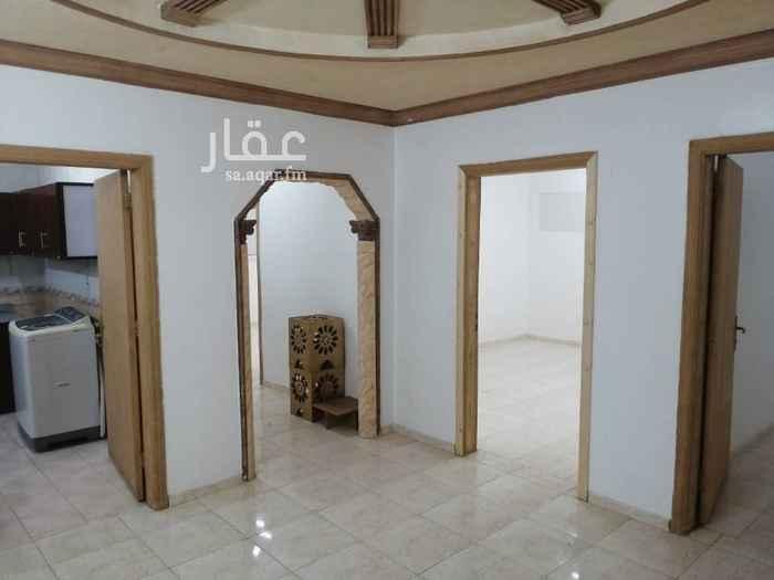 1759105 شقة عوائل بفيلا نظيفة مع سطع كهرباء مستقلة يوجد حمام بالسطح بجوار مسجد الدعجاني المؤنسية