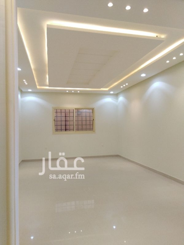 فيلا للبيع فى شارع المجد ، حي ظهرة لبن ، الرياض صورة 2