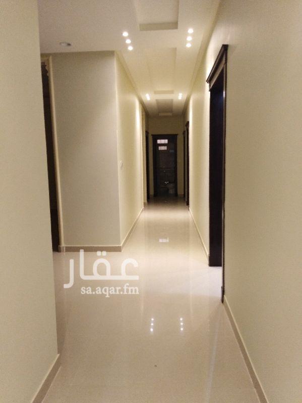 فيلا للبيع فى شارع المجد ، حي ظهرة لبن ، الرياض صورة 3