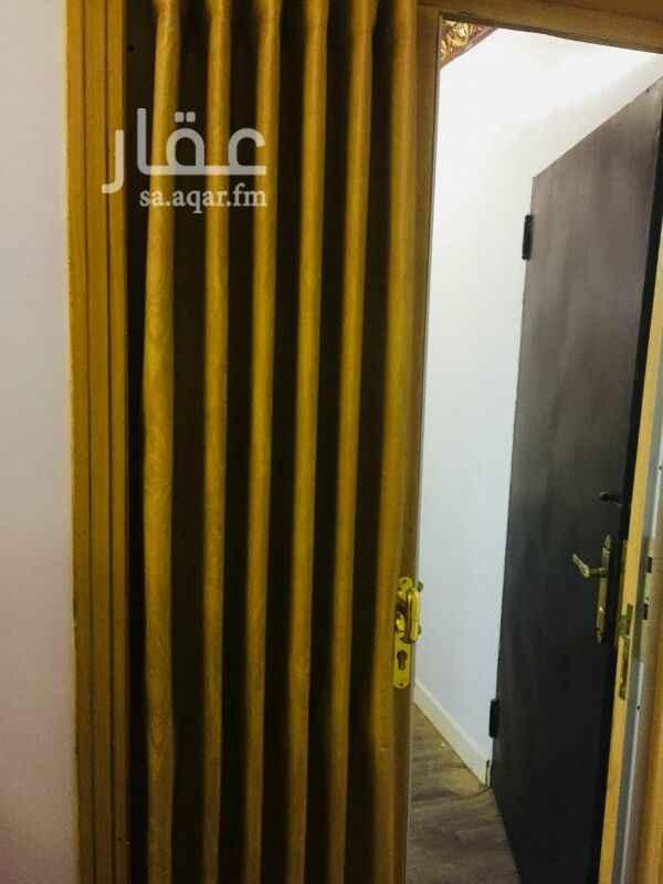 949570 4غرف وصاله مطبخ ومكيفات راكبيين