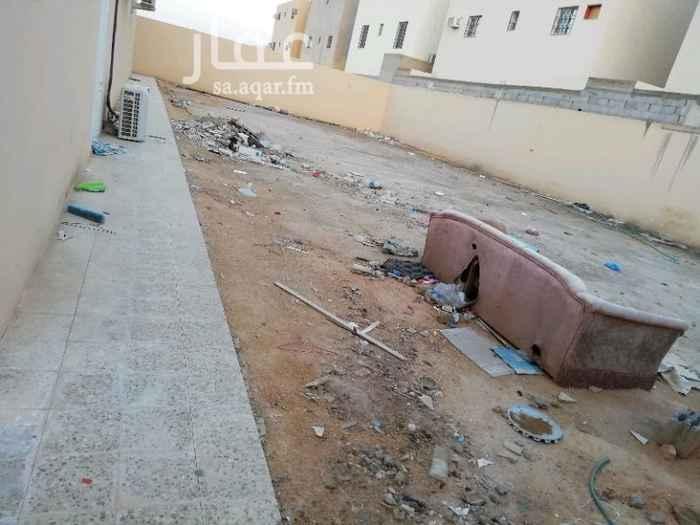 1299934 حوش خلف عماره في حي لبن على شارع تجاري شارع الطائف الستين وموقع حيوي مساحته ١٣ في ٣٠