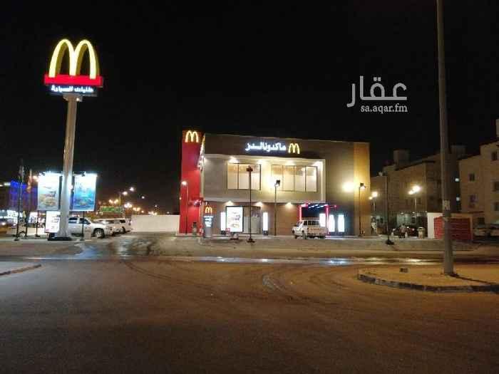 1370059 ارض للايجار في موقع حساس على شارع الملك سعود، مواقق ل 100سياره