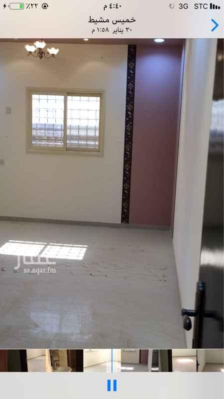 1387174 اربع غرف وصاله ومطبخ ثلاث حمامات خزان وكهرباء مستقل